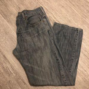 Levi Strauss 568 loose straight jeans  32X30